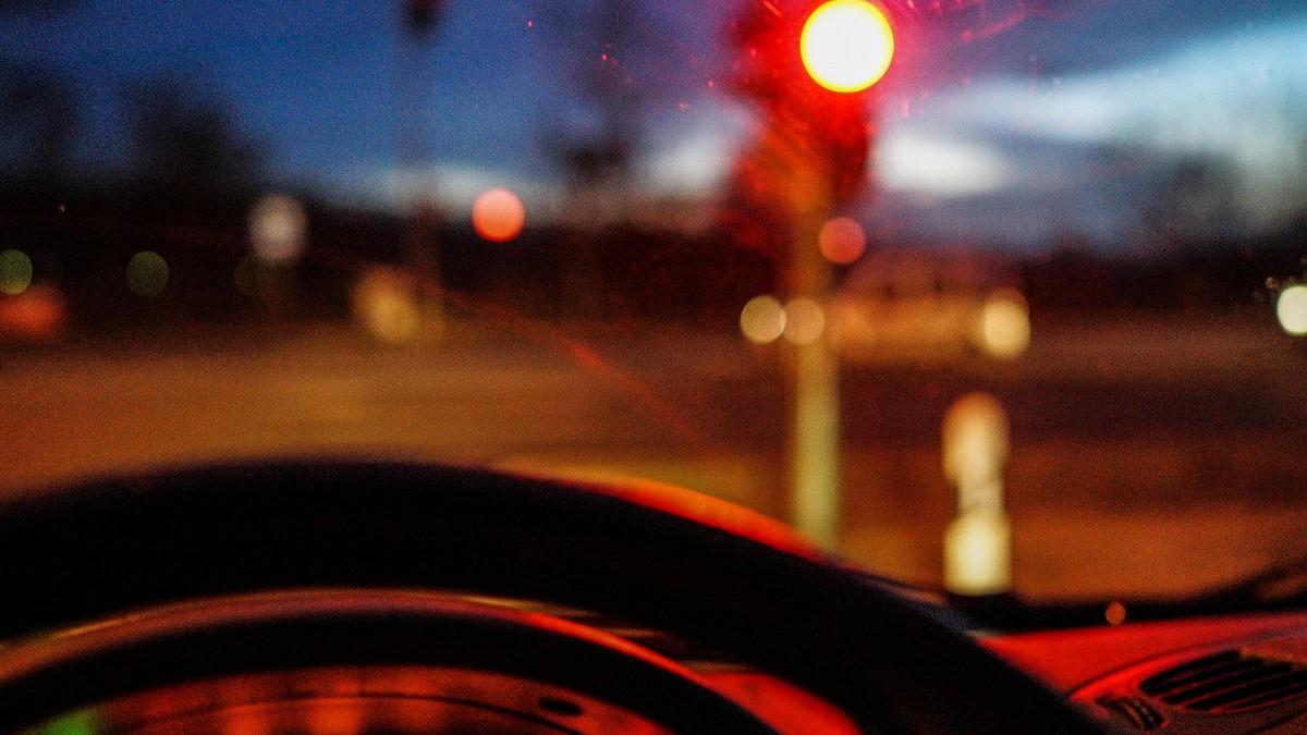 Automatická převodovka - stání na červené
