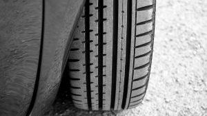 Správná hloubka dezénu pneumatiky
