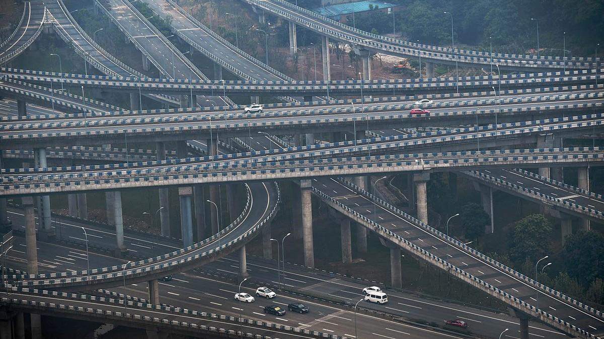 Huangjuewan Bridge v Chongqing - nejšílenější silnice světa