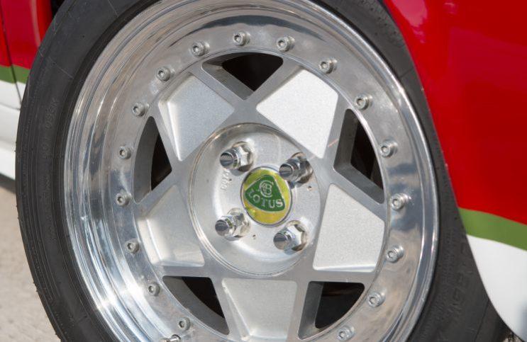 Lotus Europa - kola