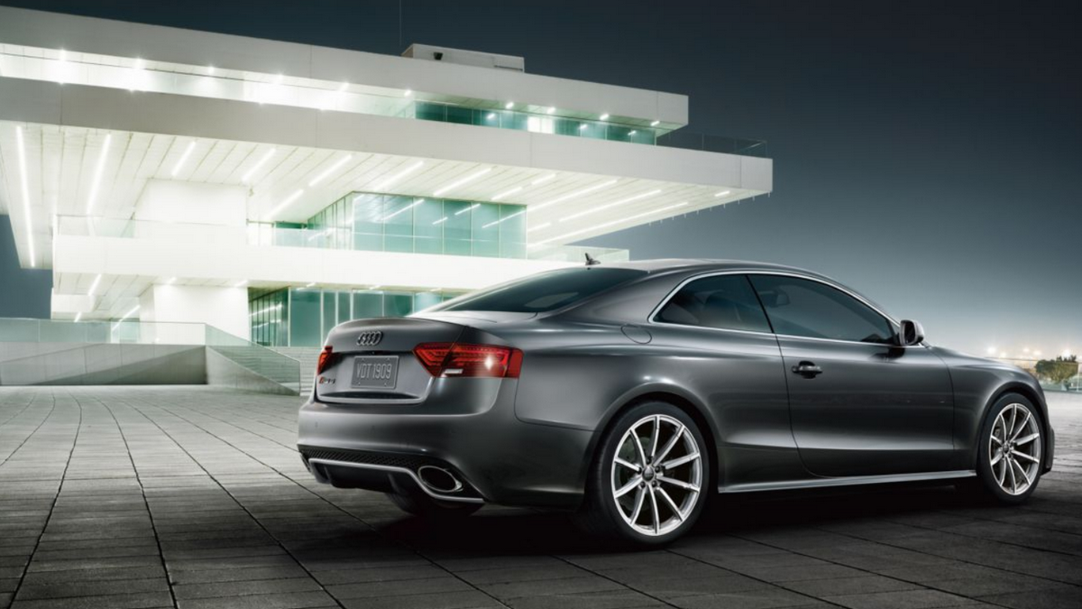 Luxusní auto Audi
