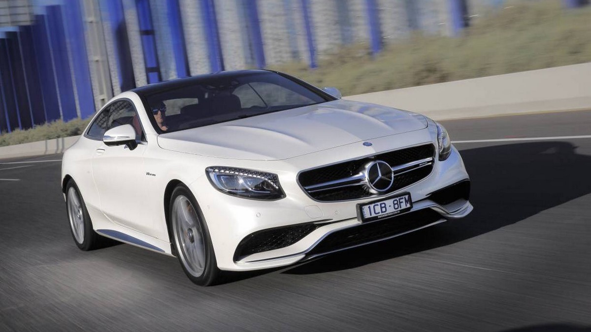 Luxusní auto - Mercedes-Benz