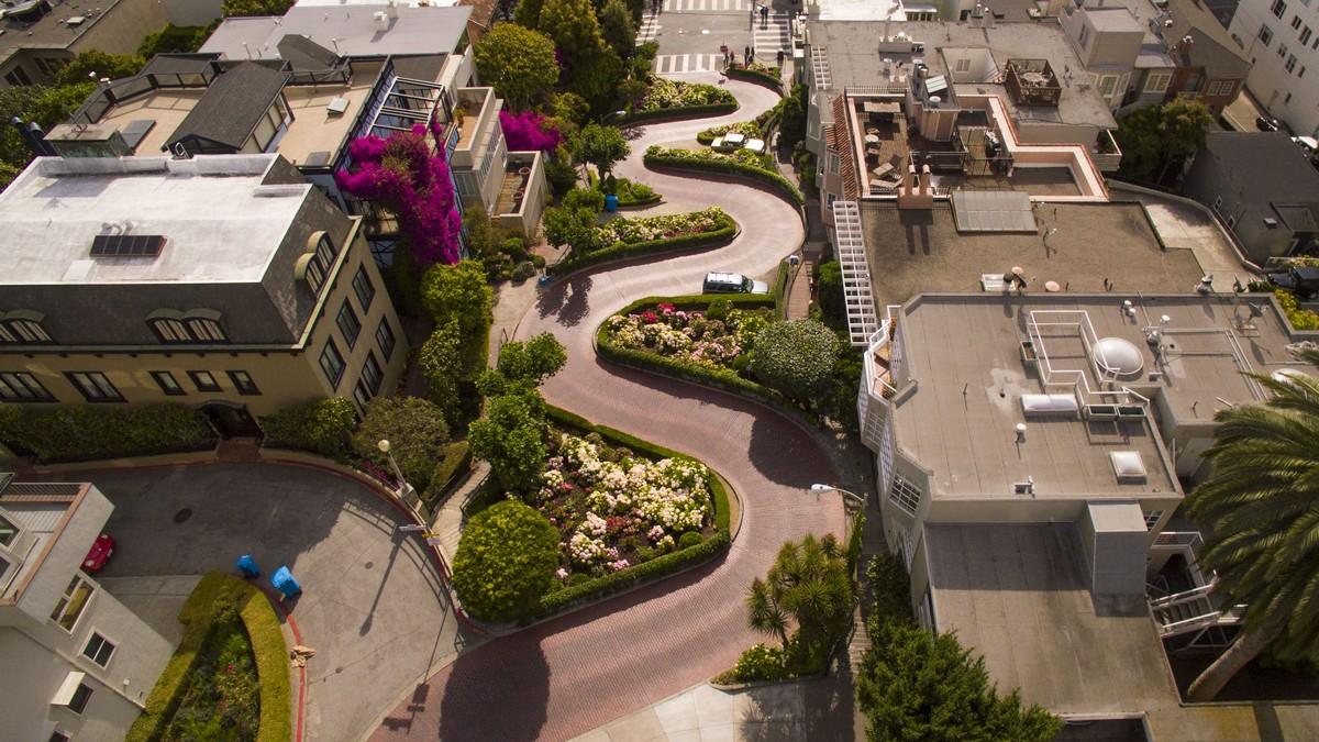 San Francisco Lombard Street - nejšílenější silnice světa