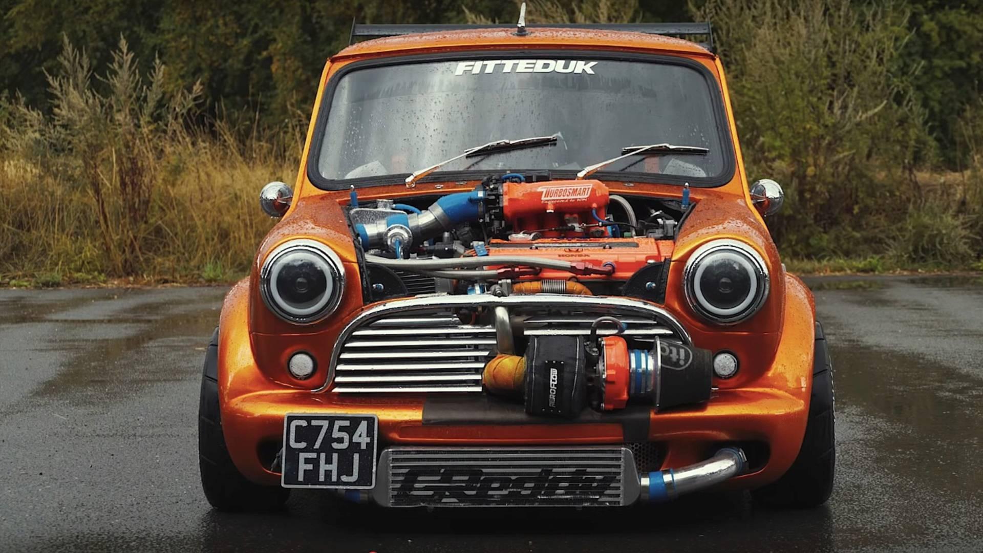 Auto Mr. Beana - motor s 360 koňmi