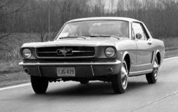 První Ford Mustang