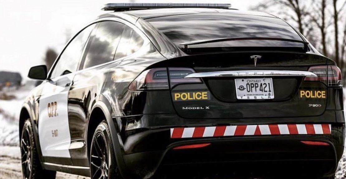 Švýcarsko, Basilek - Policie, Tesla X-100D