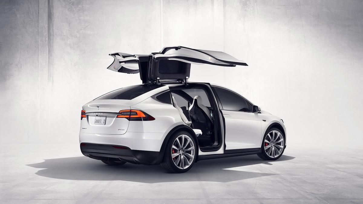 Tesla X-100D