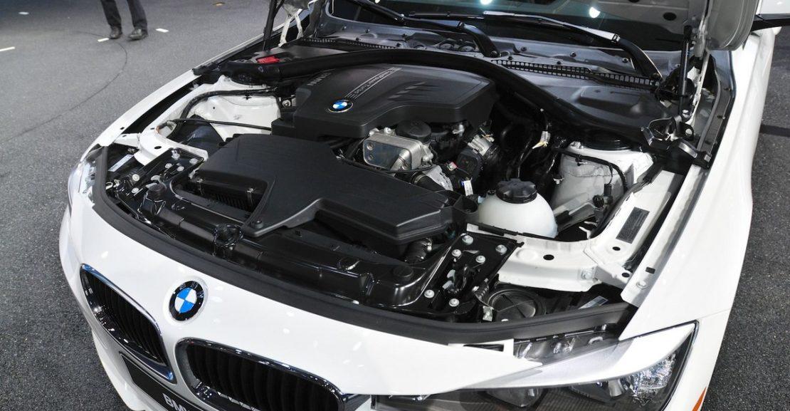 Proč mají auta přeplňovaný čtyřválec
