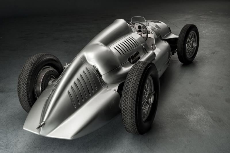 Závodní speciál Auto Union Typ D