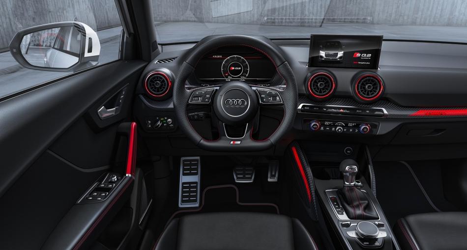 Audi SQ2 volant